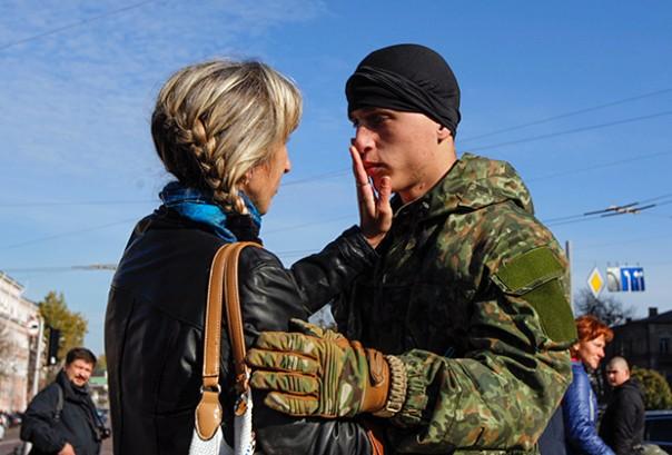 Бьют? АТО! Почему украинские силовики боятся носить камуфляж на гражданке